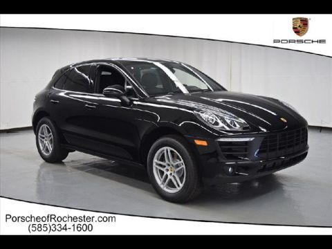 New 2017 Porsche Macan Base AWD