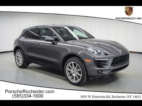 New 2018 Porsche Macan Base AWD