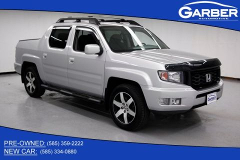 Pre-Owned 2014 Honda Ridgeline SE With Navigation & 4WD