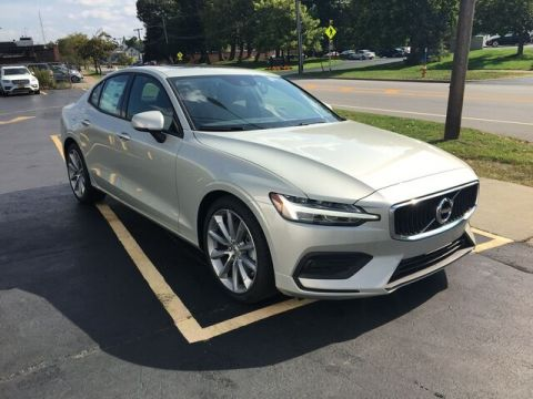 New 2020 Volvo S60 T5 Momentum FWD Sedan