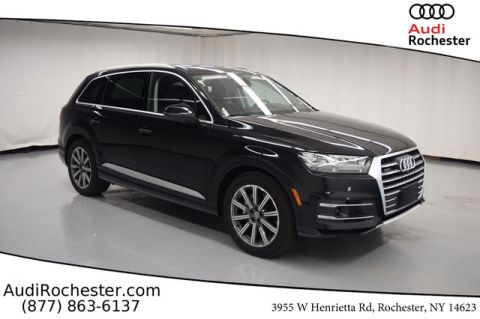 New 2019 Audi Q7 55 SE Premium With Navigation & AWD