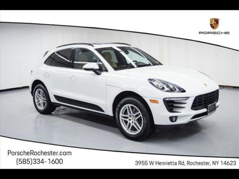 Pre-Owned 2017 Porsche Macan Base AWD