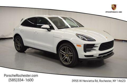 New 2020 Porsche Macan Base With Navigation & AWD