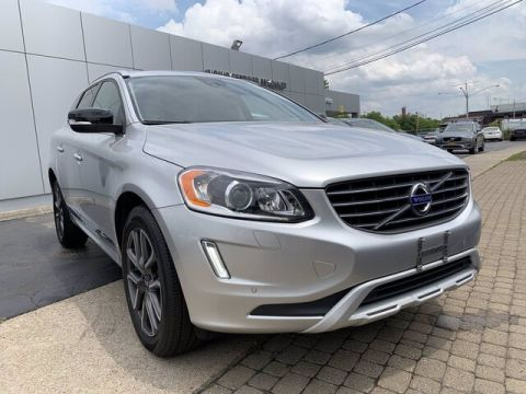 Pre-Owned 2017 Volvo XC60 T6 Dynamic AWD